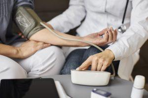 نشانه های افت فشار خون چیست؟