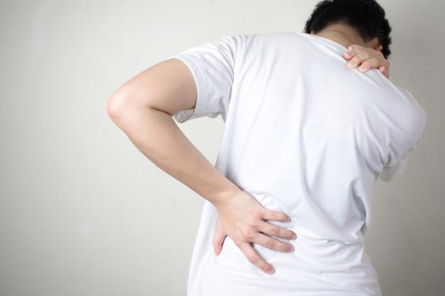 علت درد گودی کمر و راه درمان آن