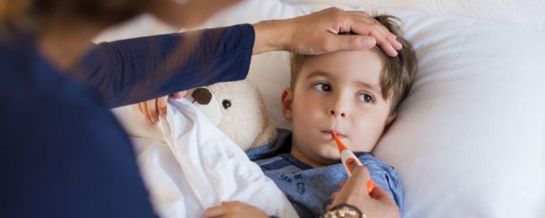 دمای طبیعی بدن در کودکان