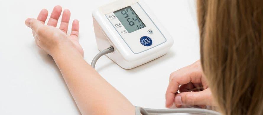 انواع تجهیزات پزشکی ضروری برای مراکز خدمات درمانی یا منزل