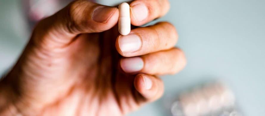 بهترین قرص تأخیری برای درمان زود انزالی در مردان چیست؟