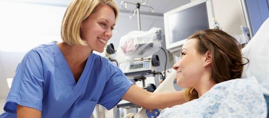 نقش مدل روپوش پرستاری در کاهش استرس بیمار