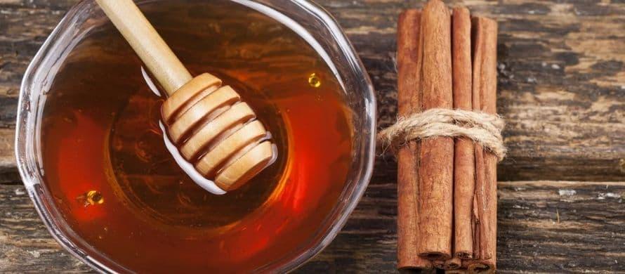نحوه درست کردن و طرز استفاده از عسل و دارچین برای درمان زود انزالی