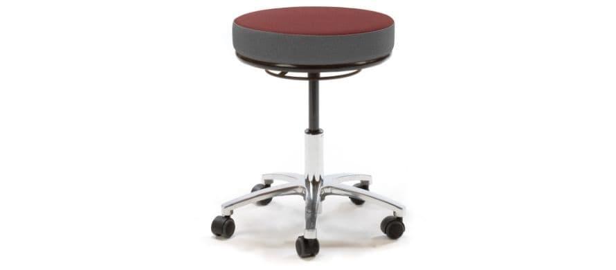 جنس نشیمن صندلی آزمایشگاهی از چیست؟