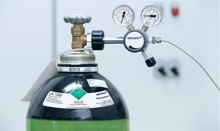 تنظیم مانومتر کپسول اکسیژن؛ درجه کپسول اکسیژن برای تنگی نفس و کرونا چقدر می باشد؟