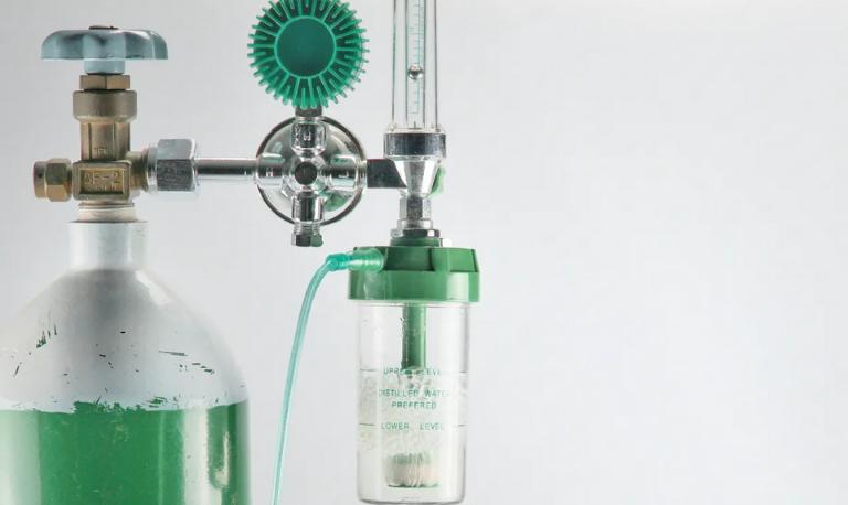 آب مقطر کپسول اکسیژن چیست و چه کارایی دارد؟