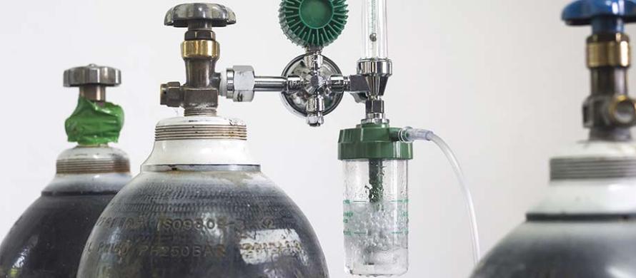 آب مقطر کپسول اکسیژن
